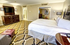 Room - InterContinental Hotel New Orleans
