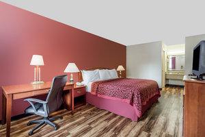 Room - Red Roof Inn Edgewood