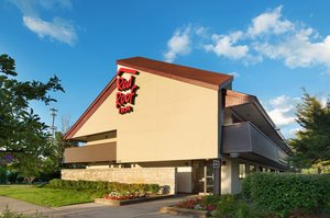Exterior View   Red Roof Inn West Warren ...
