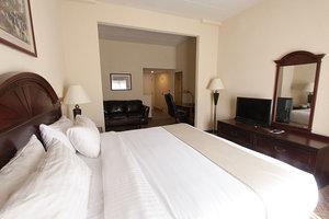 Room - Holiday Inn Hotel & Suites Huntington