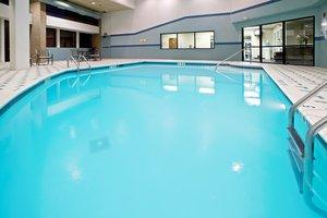 Pool - Holiday Inn Hotel & Suites Huntington