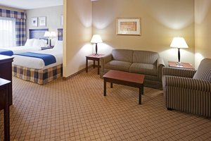 Room - Holiday Inn Express Hotel & Suites Round Rock