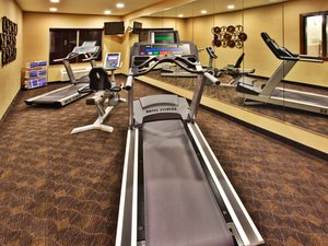 Fitness/ Exercise Room - Holiday Inn Express Hotel & Suites Dubuque