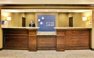 Lobby - Holiday Inn Express Hotel & Suites Dubuque