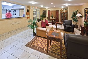 Lobby - Candlewood Suites Wichita Falls