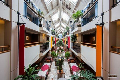 Hotel Lindbergh Atrium