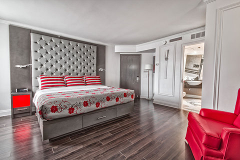 SIGNATURE ADAPTED ROOM, 1 KING BED