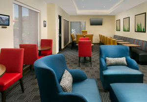 Restaurant - TownePlace Suites by Marriott Lexington Park