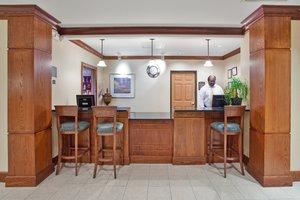 Lobby - Staybridge Suites Columbus