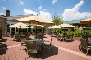 Restaurant - DoubleTree by Hilton Hotel Tarrytown