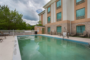 Exterior view - Holiday Inn Express Hotel & Suites Corbin