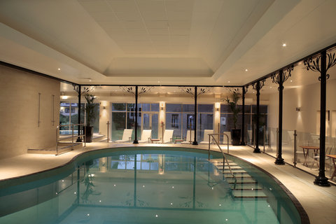 Chkara Spa - Swimming pool