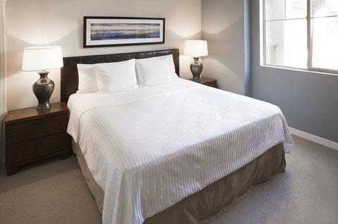 Oakwood Sample Bedroom