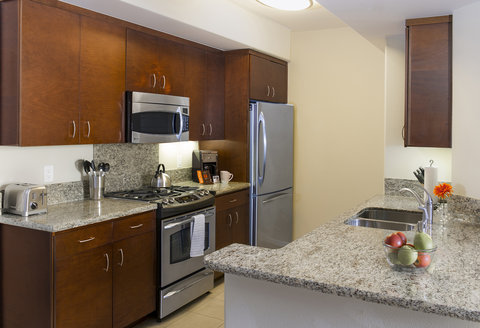 Oakwood Sample Kitchen