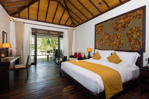 Ocean Deluxe King Bedroom at Amiana Resort Nha Tra