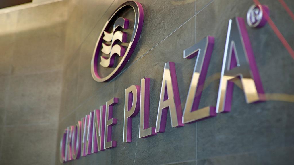 Crownew Plaza Felbridge - Welcomes you