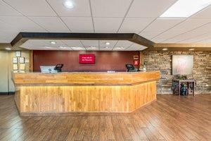 Lobby   Red Roof Inn U0026 Suites Parkway Pigeon Forge ...