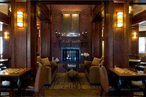 Lobby - Hampton Inn & Suites on the Parkway Pigeon Forge