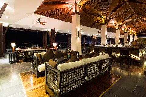Lobby Bar At Amiana Resort Nha Trang