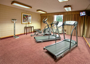 ... Fitness/ Exercise Room   Red Roof Inn Central At Papermill Knoxville