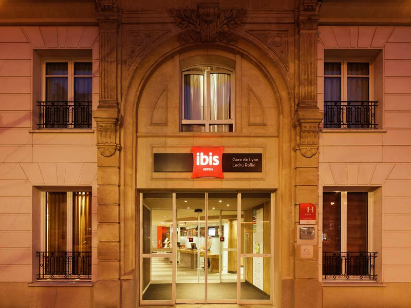 Hotel Ibis Paris Gare De Lyon Ledru Rollin 12 Eme