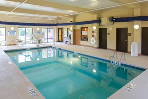 Pool - Hampton Inn & Suites Spartanburg
