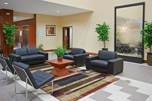 Lobby - Holiday Inn North Round Rock