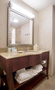 Room - Hampton Inn & Suites Sterling