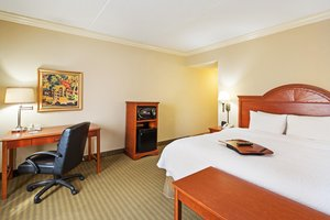 Room - Hampton Inn & Suites Clinton