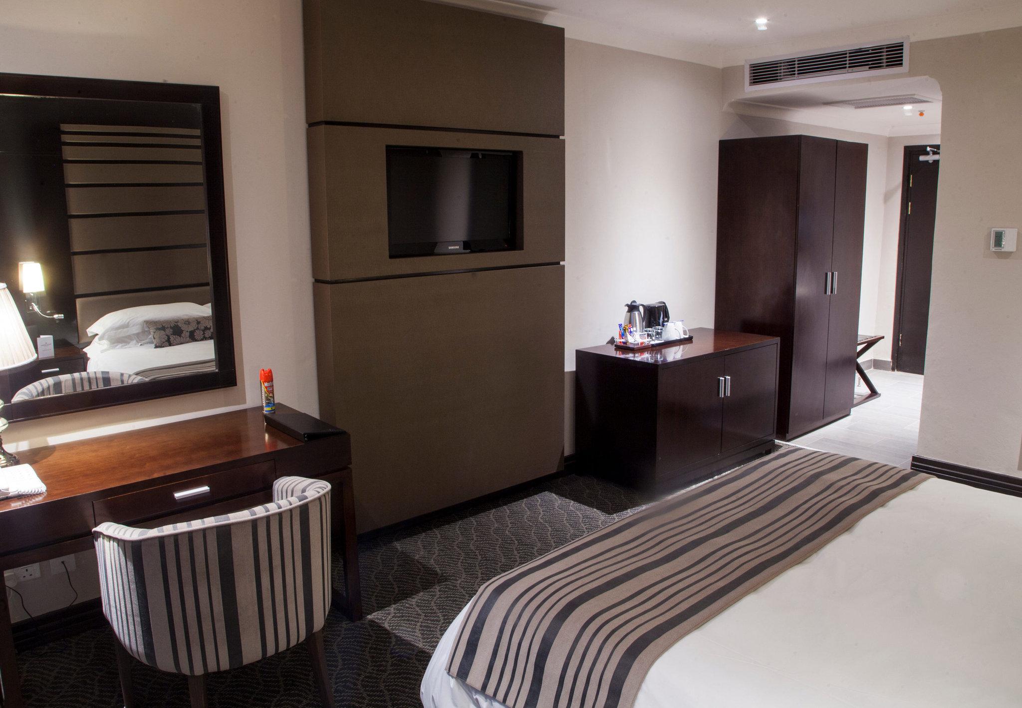 Club Guest Room - amenities
