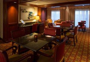 Bar - Renaissance Charlotte Suites Hotel