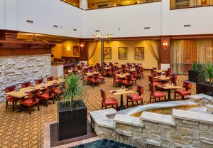 Restaurant - Renaissance Charlotte Suites Hotel