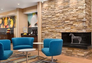 Lobby - Fairfield Inn by Marriott Humble