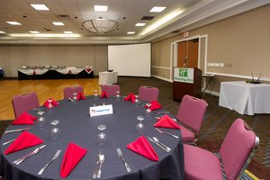 Meeting Facilities - Holiday Inn Conference Center & Marina Solomons