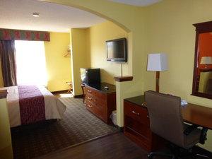 ... Room   Red Roof Inn U0026 Suites Madison
