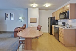 Room - Candlewood Suites Fort Wayne