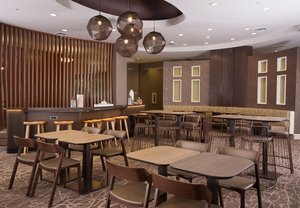 Restaurant - SpringHill Suites by Marriott Airport Orlando