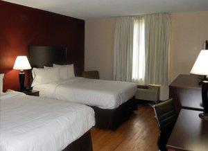 Room   Red Roof Inn Carlisle ...