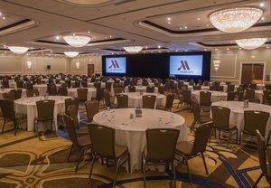 Ballroom - Marriott Glenpointe Hotel Teaneck
