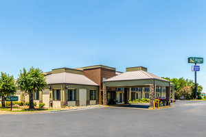 Exterior view - Quality Inn Simpsonville