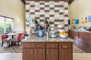 Restaurant - Comfort Inn & Suites Greenwood