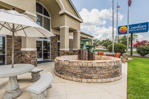 Exterior view - Comfort Inn & Suites Greenwood