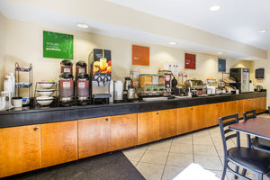 Restaurant - Quality Inn Darien