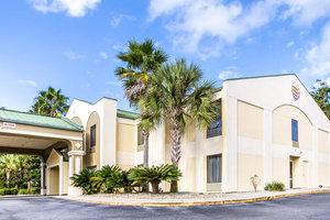 Exterior view - Quality Inn Darien