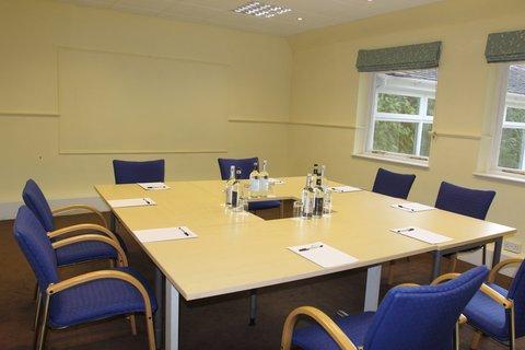 Elm Meeting Room
