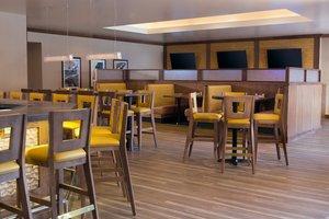 Bar - Holiday Inn Dubuque